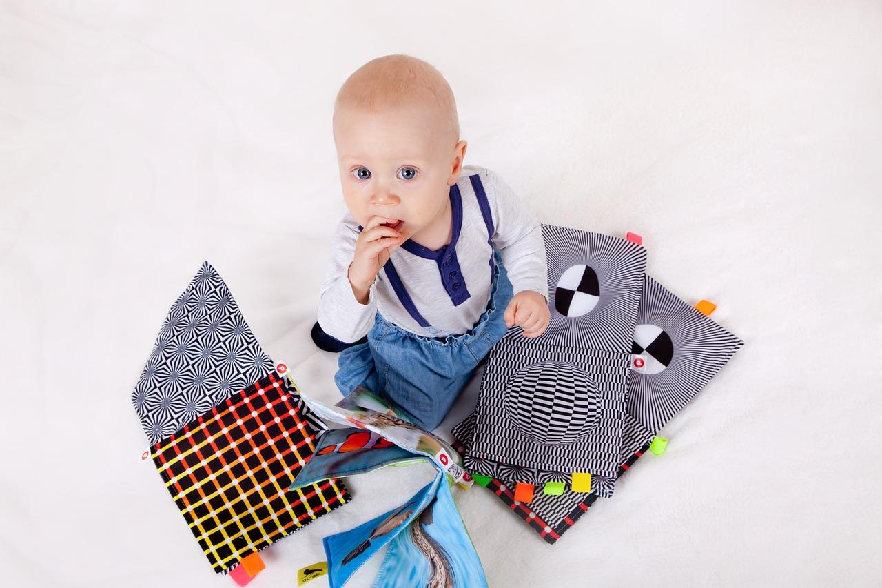 b89522d8479bb Stawiamy na jakość- markowe ubranka dla niemowlaka – Rosa Style